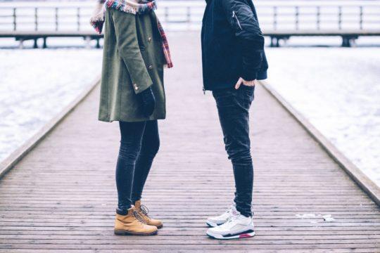 Что одеть на первое свидание и как себя вести