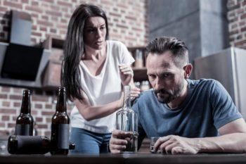 Как уйти от алкоголика