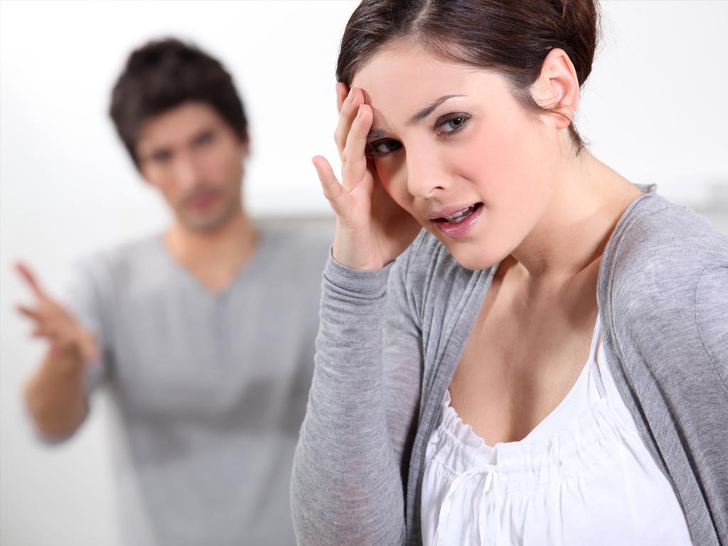 Как вести себя, если муж не уважает и не ценит жену